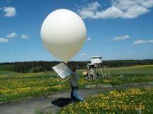 Lancement d'un ballon sonde